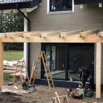 Terrassenüberdachung im Bau